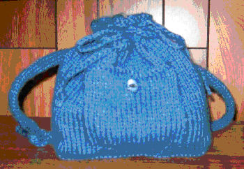 Knit Backpack Pattern : Knitting Pattern Central - Free Pattern - Childs Backpack With Adjustabl...